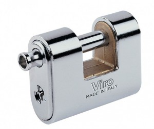 A rounded padlock, such as Viro Panzer, is more difficult to grip and manipulate.