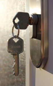Instead of the knob you can use a key which is removed when you leave. In this case, if you want to keep the possibility of opening the lock even from the outside you must use a frictioned cylinder (photo by Flickr/woodleywonderworks ).
