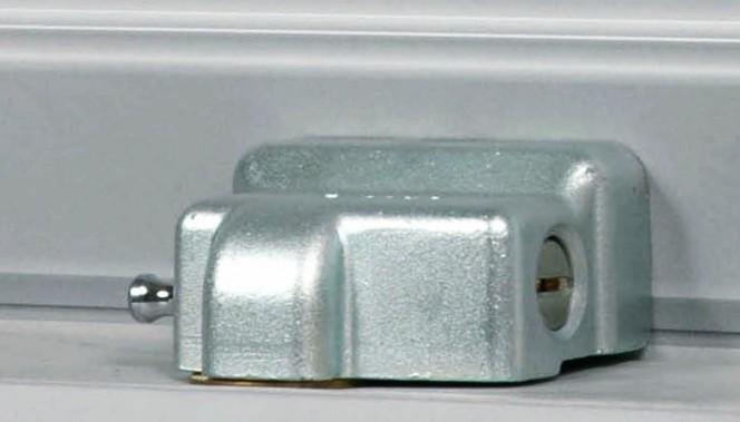 The best way to protect a shutter viro club - Quanto costa porta basculante garage ...