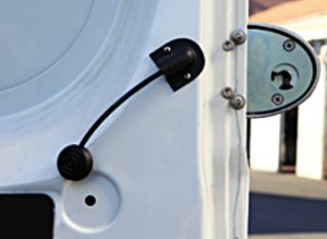 The internal safety release of the Viro Van Lock cannot be grasped from the outside.