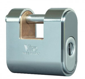 The new Viro Panzer armored padlock for roller shutters designed to operate with any European profile half cylinder.